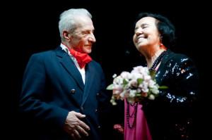 Stara miłość nie rdzewieje? Jan i Wanda spotykają się po wielu latach w sanatorium, a ich uczucie wybucha z nową siłą.