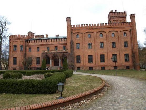 Bajeczny zamek w Rzucewie