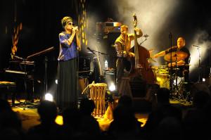 Melody Gardot była największą gwiazdą tegorocznej edycji Siesta Festivalu. Jej koncert był perfekcyjny pod każdym względem.