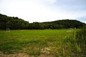 A tak wygląda boisko przy ul. Kościerskiej, na którym od kilku lat gra klub KS Olivia.
