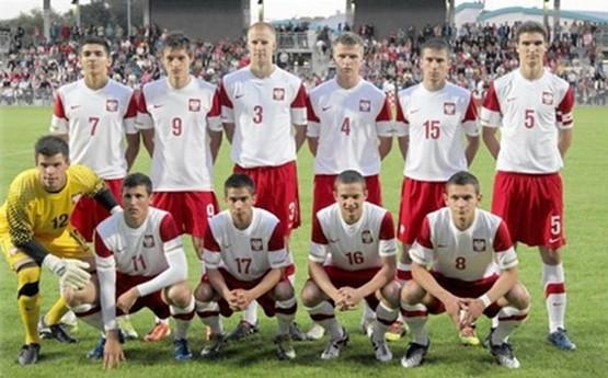 Reprezentacja Polski do lat 19 zagra w Gdyni 5 czerwca z Hiszpanią, a 5 dni później w Gdańsku zmierzy się z Grecją, czyli odpowiednią mistrzem i wicemistrzem Europy w tej kategorii wiekowej.
