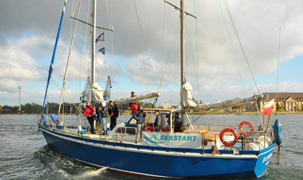 16-metrowy jacht Barlovento II opłynął już m.in. zachodni Spitsbergen.