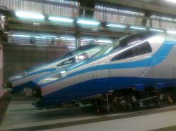 Czoło pociągu w barwach PKP Intercity.