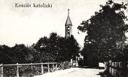 Tak niegdyś wyglądała droga wiodąca do kościoła św. Mikołaja w Chyloni.