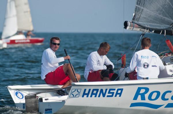 Piotr Tarnacki (pierwszy z lewej) w mistrzostwach świata w klasie Micro zdobył dziesiąty medal!