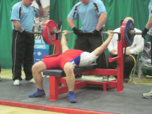 Marciniak w Belfaście podniósł sztangę ważącą 190 kg i pobił rekord świata mundurowych w swojej kategorii.