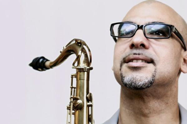Saksofonista Jacques Schwartz-Bart urodził się na... Gwadelupie. Zagra w sobotę w Zatoce Sztuki.