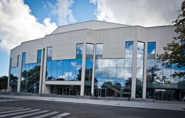 Kto obejmie jedną z największych placówek teatralnych w Polsce o ogólnopolskiej renomie - Teatr Muzyczny w Gdyni - dowiemy się najpóźniej 30 listopada.