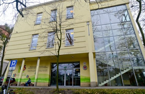 Oddział Hematologii Dziecięcej działający przy Uniwersyteckim Centrum Klinicznym to jedyny oddział w województwie pomorskim, gdzie leczy się choroby nowotworowe układu krwiotwórczego u dzieci – białaczkę i chłoniaki.