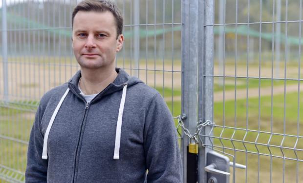 Olaf Dramowicz, prezes klubu KS Olivia, już snuje marzenia o budowie kompleksu piłkarskiego z prawdziwego zdarzenia.