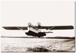 Dornier Super Wal także latał regularnie do portu lotniczego w Górkach Wschodnich.
