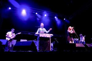 Bixbit - lokalny, młody zespół, który ma wszelkie predyspozycje do komercyjnego sukcesu na polskiej scenie.
