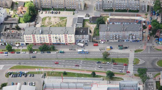 Kierowcy mogą utknąć w korku dojeżdżając ul. Morską do centrum Gdyni.