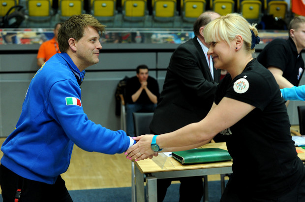 Podopieczne Jensa Steffensena oraz Bożeny Karkut rozpoczynają walkę o miejsce w finale PGNiG Superligi.