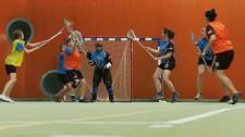 Zaledwie trzy kobiece zespoły grają w Polsce w lacrosse.