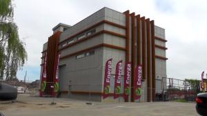 Budynek nowego punktu zasilania w energię terenów postoczniowych.