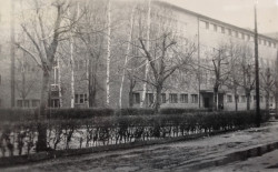 """Budynek sopockiej """"Jedynki""""."""