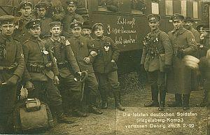 Pożegnalne zdjęcie jednych z ostatnich niemieckich żołnierzy w Gdańsku -  4. kompanii 5. Pułku Grenadierów (oddziału stacjonującego na forcie Góry Gradowej).