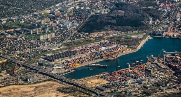 Północne dzielnice Gdyni mogą zyskać w ciągu najbliższych sześciu lat połączenie kolejowe, które odciąży transport autobusowy.