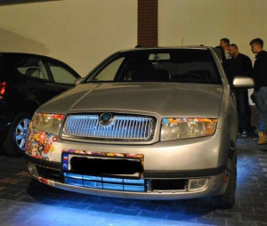 Nierzadko pojawiają się też pojazdy po tuningu optycznym.