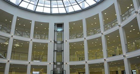Nowa siedziba Wydziału Nauk Społecznych prezentuje się okazale.