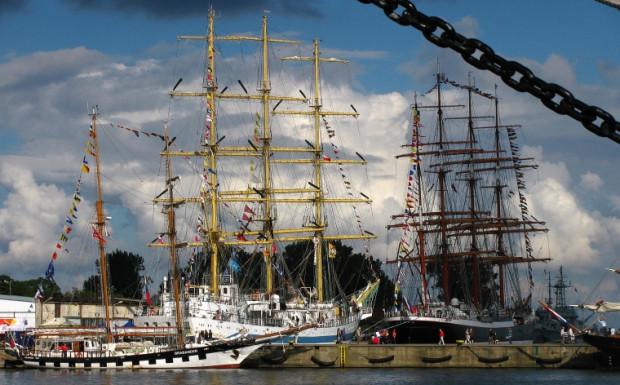Wielkie żaglowce odwiedziły Gdynię w 2011 roku podczas The Culture Tall Ships Regatta.