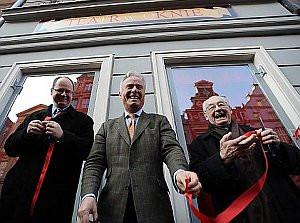 Andrzej Wajda w marcu inaugurował działalność Teatru w Oknie. Teraz wyreżyseruje happening z okazji uroczystości wmurowania kamienia węgielnego pod Gdański Teatru Szekspirowskiego.