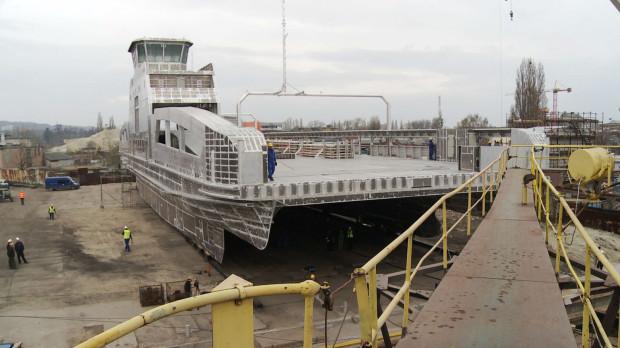 """""""Zerocat"""" został doceniony przede wszystkim za innowacyjny napęd elektryczny. Prom posiada zestaw akumulatorów, które ładowane są na lądzie, a statek całą podróż odbywa napędzany wyłącznie silnikami elektrycznymi."""