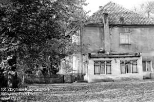 Dwór Migowo w latach 80. Kilka lat temu budynek runął, po czym został rozebrany.