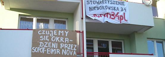 Mieszkańcy bloku przy ul. Nieborowskiej 34 w Gdańsku nie poddają się. Ich sprawa trafiła do prokuratury.