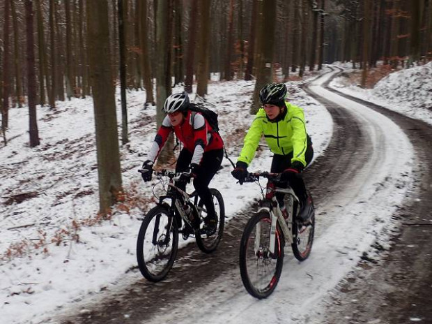 Zima, to nie tylko sezon narciarski. Stowarzyszenie GR3miasto nie musi nikomu udowadniać, że to także wspaniały okres na rower bądź kajak ;)