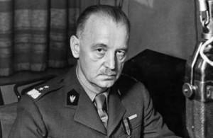 Gen. Władysław Sikorski przez dług czas był zwolennikiem Świrskiego, ale w końcu postanowił pozbawić go stanowiska. Sprzeciwili się temu Brytyjczycy.