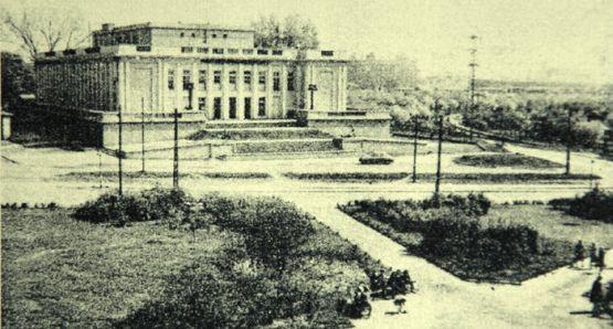 Morski Dom Kultury przy ul. Marynarki Polskiej 111 w Nowym Porcie, pod koniec lat 50. ubiegłego wieku.