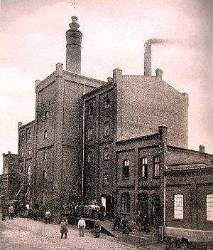 Dawny, nieistniejący już budynek browaru Fischera przy ul. Starowiślnej w Nowym Porcie.