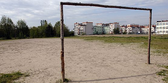 Gra w takich warunkach to chleb powszedni młodych piłkarzy nie tylko na Pustkach Ciskowskich.
