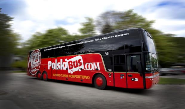 Oferta Polskiego Busa to alternatywa dla osób, którym bardziej od czasu podróży, zależy na jej niskiej cenie.