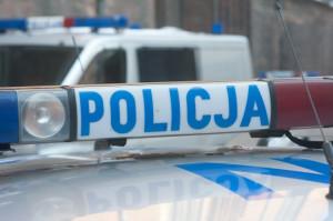 Z okna mieszkania przy ul. Świętojańskiej w Gdyni wypadł młody mężczyzna, który zginął na miejscu.