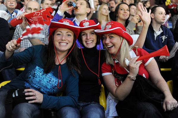 Kibice, którzy będą dopingować polskich szczypiornistów sprzed telewizora, będą mogli robić to wspólnie na Targu Węglowym.