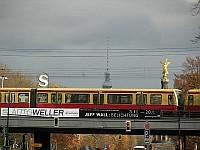 U-Bahn czy S-Bahn to nieodłączny element krajobrazu miasta...