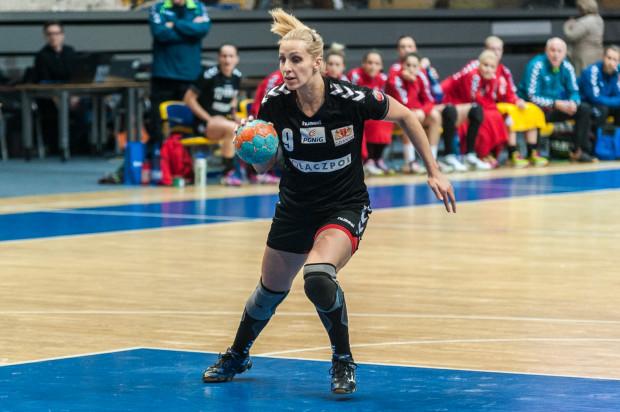 Karolina Siódmiak zdobyła w Szczecinie 10 bramek, ale w pojedynkę nie mogła uchronić AZS Łączpolu AWFiS Gdańsk od wysokiej porażki.