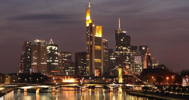 Panorama Frankfurtu nad Menem.