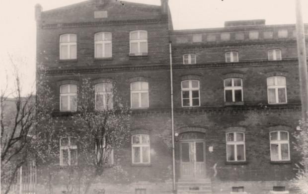 Zdjęcia budynku przy ul. Struga 12 ze zbiorów Eugeniusza Niedźwieckiego.