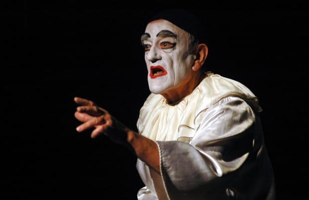 """W 2004 roku w Teatrze Miniatura zorganizowano okolicznościowy spektakl """"Cyrk Rodziny Afanasjeff bis - Akcja Cyrk"""". Teraz sięgają po niego młodzi pasjonaci twórczości Jerzego Afanasjewa, przygotowując go łączonymi siłami gdańskiego Teatru Miniatura i Teatru na Plaży w Sopocie."""