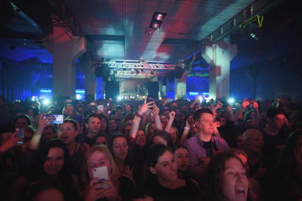 Wyprzedanie koncertu w jednej z największych trójmiejskich sal to sztuka niełatwa, a już na pewno nie dla rodzimego muzyka, który wyrusza na trasę obejmującą jedenaście miast.