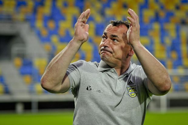 Jarosław Krupski zapewnia, że ma w Arce trzech w miarę wyrównanych bramkarzy. Jednak w sparingach to Konrad Jałocha jest niepokonany i powinie utrzymać miejsce między słupami żółto-niebieskich.