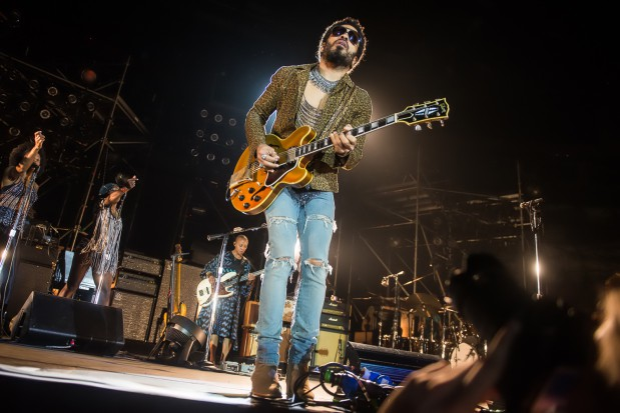 Lenny Kravitz dał w Ergo Arenie świetny koncert dla 13 tys. widzów. A to rekord frekwencji gdańsko-sopockiego obiektu. Podobnym wynikiem może pochwalić się Iron Maiden.