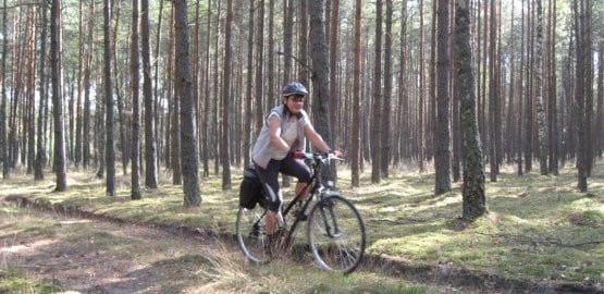 we Wdzydzkim Parku Krajobrazowym szlaków rowerowych i ścieżek pod kątem wycieczek nie brakuje