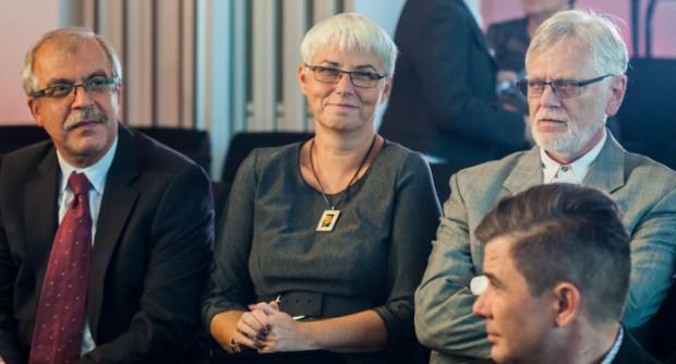 Joanna Zielińska w poprzedniej kadencji w prezydium współpracowała m.in. ze Stanisławem Szwabskim (na zdj. z prawej strony), który wtedy pełnił funkcję przewodniczącego.
