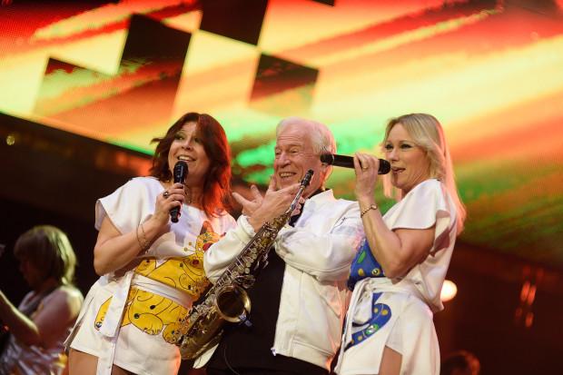 Podczas kilku piosenek wokalistkom towarzyszył saksofonista Ulf Andersson, który  w latach 70. koncertował z supergrupą.