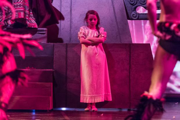 Ogromny talent muzyczny potwierdziła Julia Totoszko, przekonująca także aktorsko w roli Wendy.
